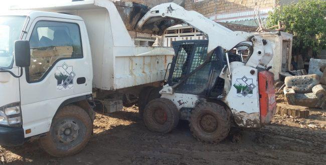 کمک شهرداری فیروزکوه به مناطق سیلزده :